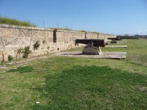 Opevnenie mesta Akko a obranné delá