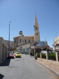 V uliciach Betlehema - Mesto je plné kostolov