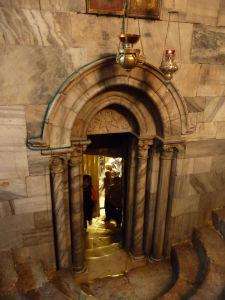 Chrám Narodenia - Východ z grotta