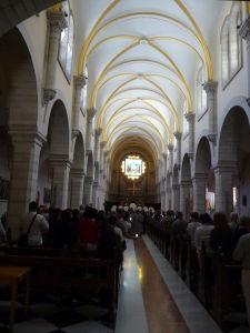 Chrám sv. Kataríny v čase omše