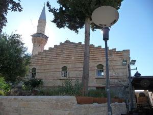 Moslimská prítomnosť je v meste evidentná
