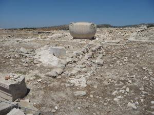 Amathus Akropolis - Obria kamenná nádrž na vodu