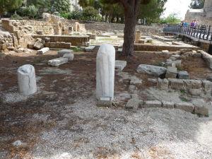 Zvyšok stĺpa, o ktorý mal byť priviazaný sv. Pavol pri bičovaní