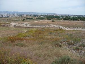 Pohľad na rímsku agoru spoza Odeónu