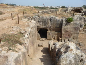 Hrobka s podzemnou časťou