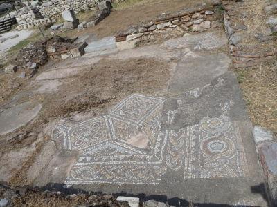 Antická mozaika pri Hadriánovej knižnici