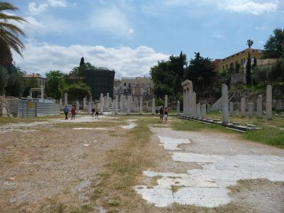 Rímska agora - Antické stĺpy