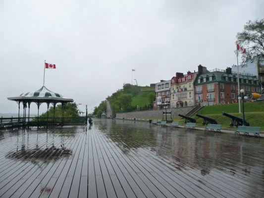 Promenáda Dufferin Terrace pred hotelom Château Frontenac v Québecu