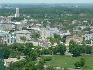 Katedrála Notre-Dame - pohľad z Parlamentného vrchu