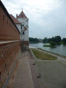 Bočná stena hradu Mir