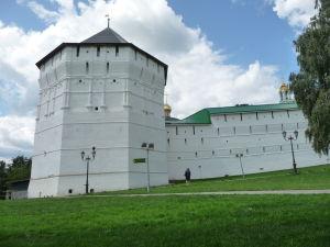 Juhovýchodná obranná veža