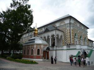 Refektórium s maličkým kostolíkom sv. Michala