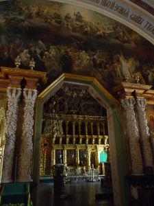 Baroková výzdoba a priliehajúci Chrám sv. Sergeja a jeho ikonostas