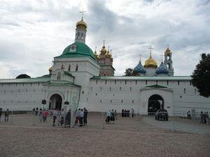Mohutné opevnenie kláštora