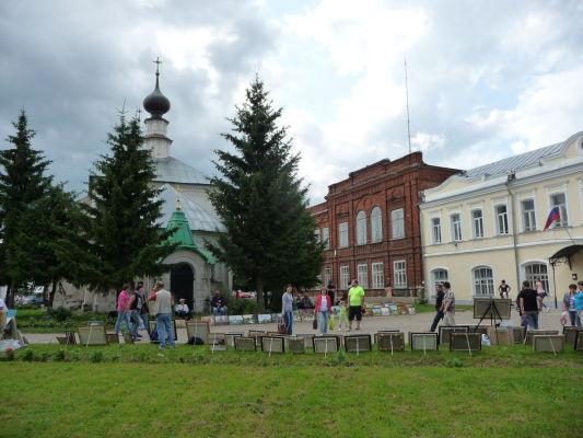 Trhové námestie v Suzdali a Chrám vzkriesenia
