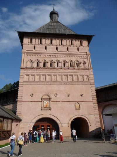 Kláštor sv. Euthymia v Suzdali, vstupný portál