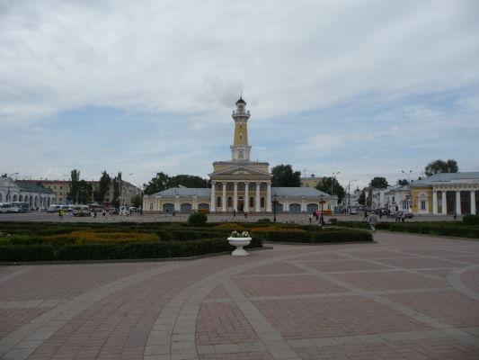 Námestie Susanina (Susaninskaja ploščaď) v Kostrome a Požiarna veža, ktorá je dnes miestnym múzeom