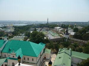 Pohľad na Matku vlasť zo zvonice kláštora