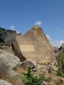 Národný park Gobustan - Vstup k petroglyfom