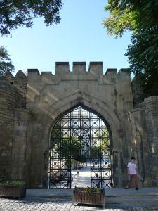 Jedna z malých brán v opevnení