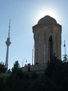 Televízna veža a pamätník