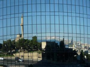 Plamenné veže a mesto Baku