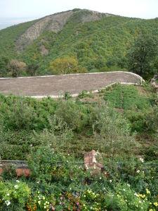Kláštor Bodbe - Výhľad na okolité vrcholky