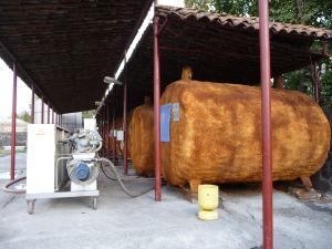 Vináreň Kindžamarauli - Izolované nádrže pre výrobu vína