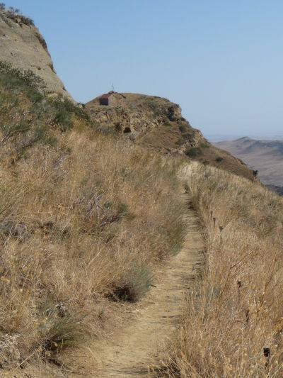 Chodník po hrebeni rozdeľujúcom Azerbajdžan a Gruzínsko