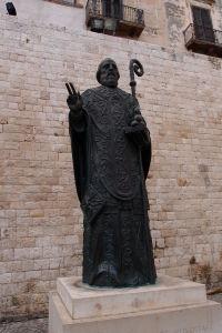 Sv. Mikuláš s biskupskou palicou