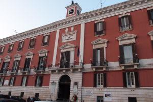 Budova prefektúry v Bari