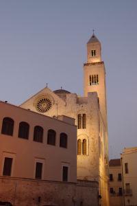 Katedrála v noci