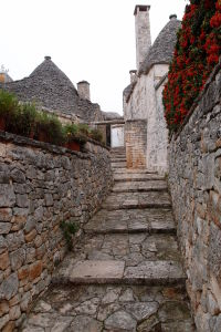 Alberobello rozhodne nie je skúpe na malebné zákutia