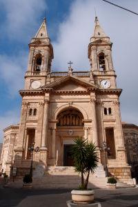 Neoklasicistická fasáda baziliky