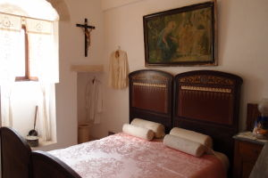Spálňa v Trullo Sovrano