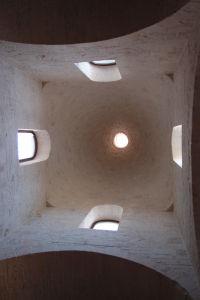 Vnútro jednej z veží kostola