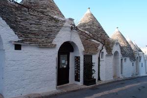 Ulička Via Monte San Michele