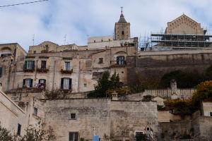 Pohľad na katedrálu z centra mesta, ulice Via Fiorentini