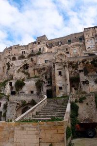 Pohľad na Sassi z ulice Via Fiorentini