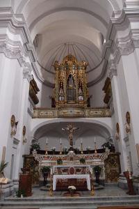Hlavný oltár chrámu sv. Augustína
