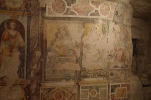 Fresky chrámu sv. Viliama vytesaného v skale - Madonna