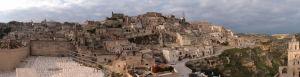 Pohľad na Materu a údolie Gravina