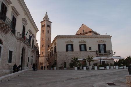 Katedrála sv. Mikuláša Pútnika, resp. jej typická veža