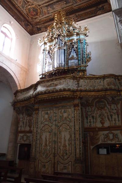 Organ bývalej Katedrály Nanebovstúpenej Matky Božej v meste Polignano a Mare