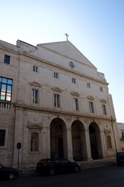 Kostol sv. Dominika v Molfette, ktorý je súčasťou miestneho dominikánskeho kláštora zo 17. storočia