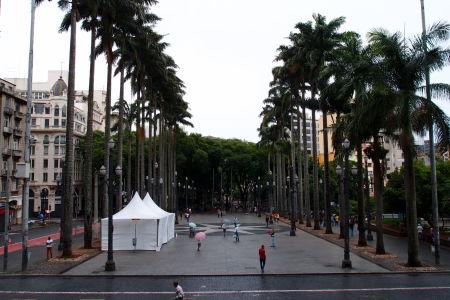 Námestie pred katedrálou - Praça da Sé