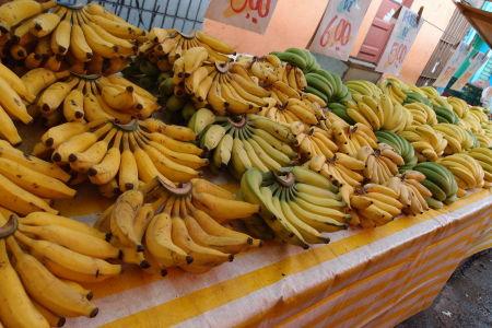 Trh s ovocím a zeleninou v štvrti Bela Vista