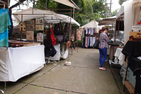Trh na námestí Praça Benedito Calixto