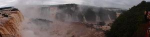 Vodopády Iguazú z brazílskej strany - Mostík pre turistov - Panoráma