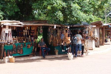 V San Ignacio Miní sa nájdu aj nejaké tie suveníry